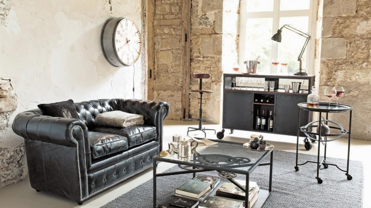 salon_style_industriel_d_co_canap_chesterfield_cuir_noir